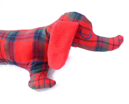 tartan-sausage-dog-draught-excluder-head2
